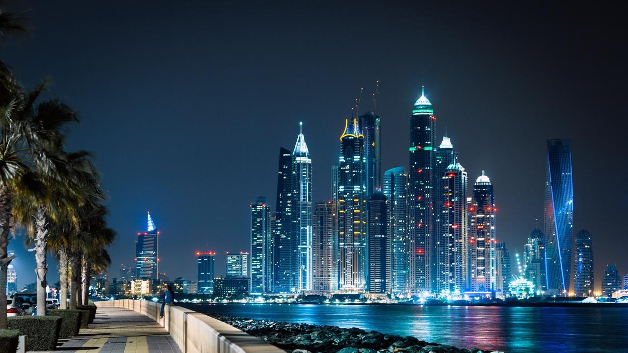 Hasil gambar untuk 2. Dubai
